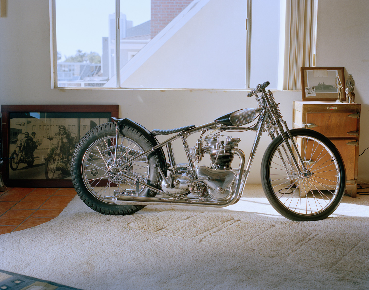 mark-drews-bike-in-living-room-01-2011.jpg